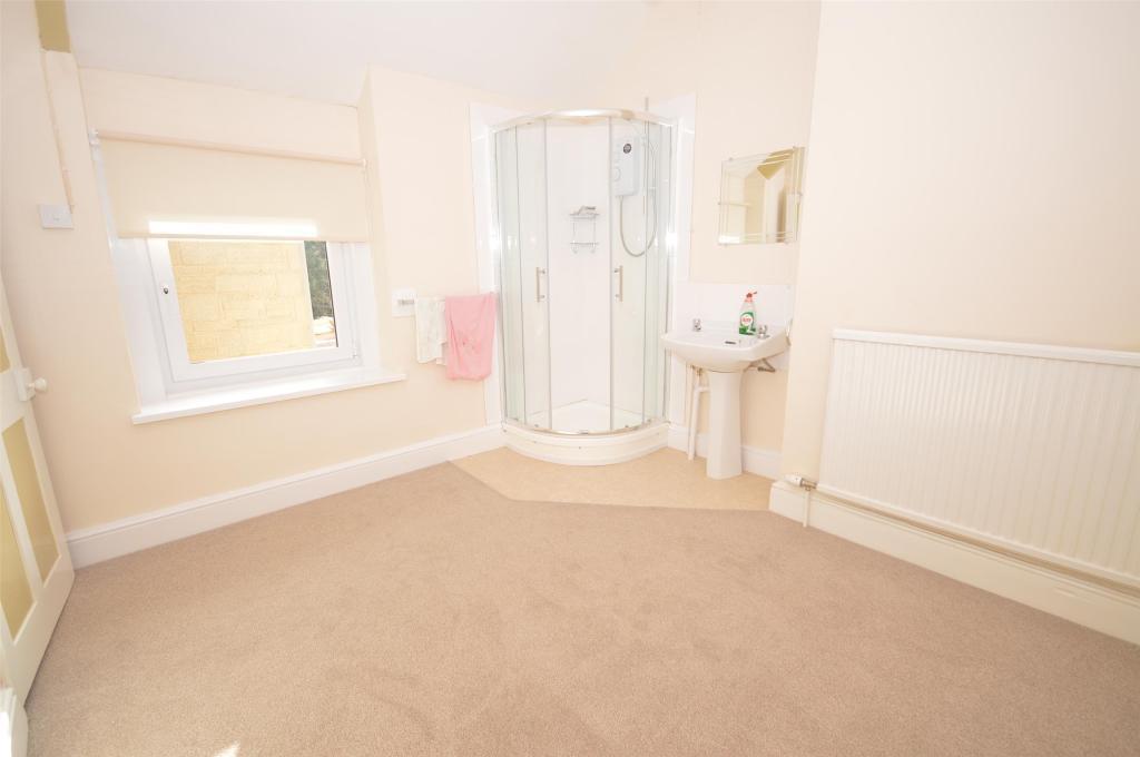Bedroom/Shower roomExternal