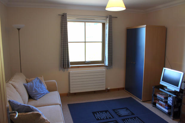 Bedroom/Family Room