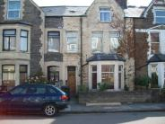 Flat to rent in Gordon Road, Roath...