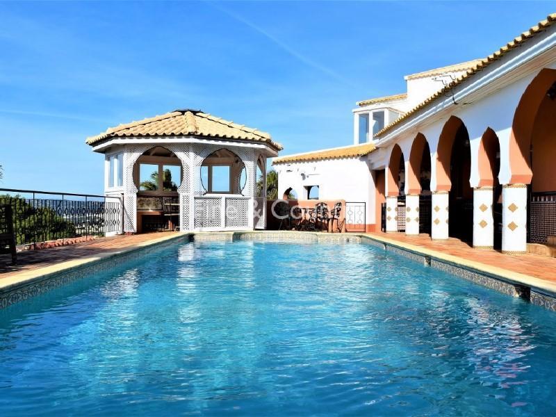 Loulé (São Clemente) Villa for sale