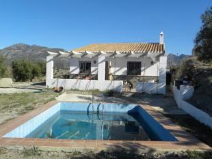 2 bed Cortijo for sale in Almuñécar, Granada...