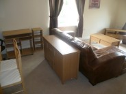 2 bedroom Apartment to rent in Skippetts Gardens