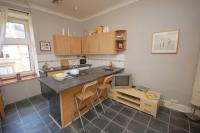 Flat for sale in Cathcart Road, Glasgow...