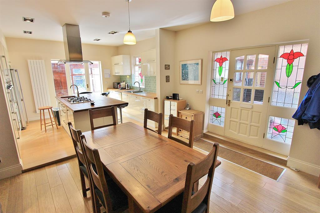 Kitchen Diner Angle 1