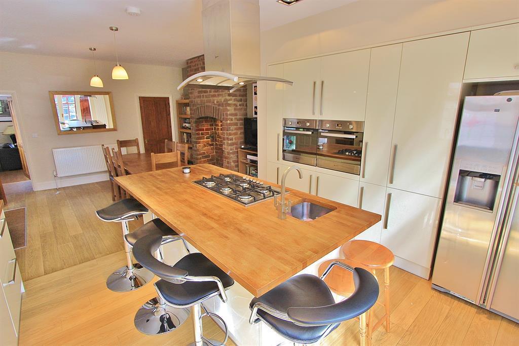 Kitchen Diner Angle 3