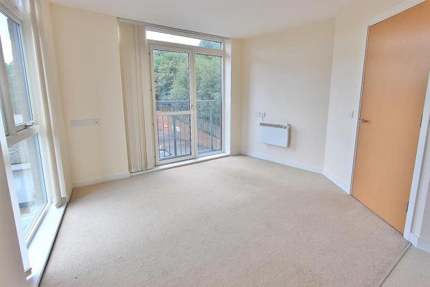 Living area angle 1