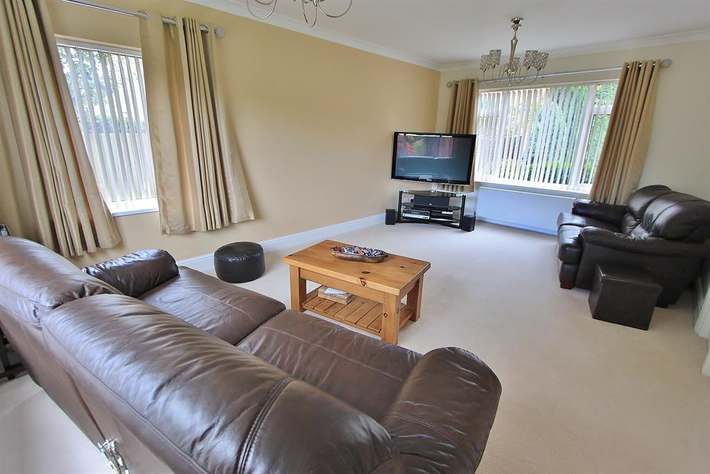 lounge angle 2