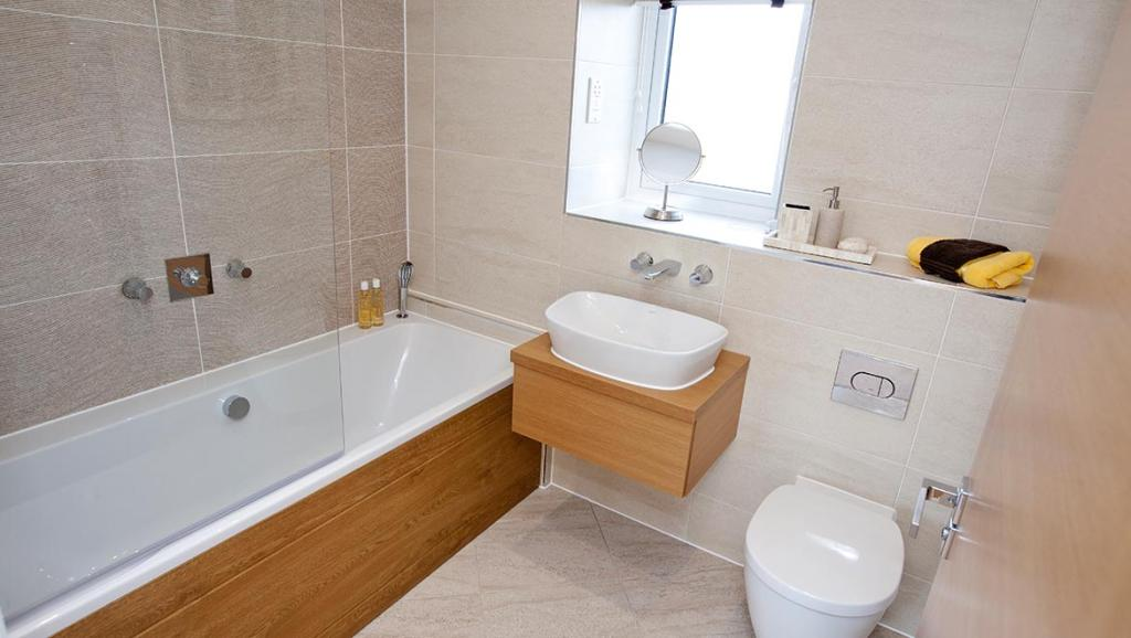 Bathroom full height and feature tiling