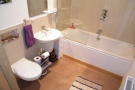 2 bed Flat to rent in Academy Court...