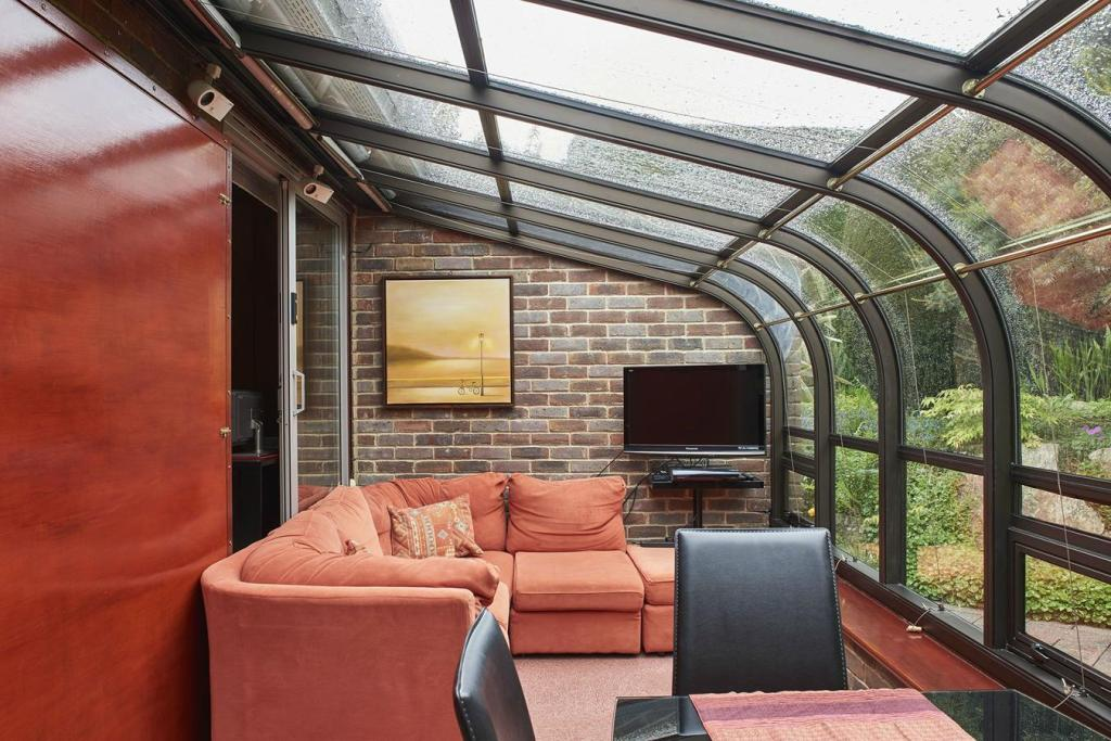 The Modern House,Conservatory