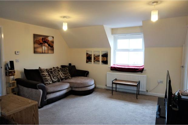 2 Bedroom Coach House For Sale In Broad Croft Charlton