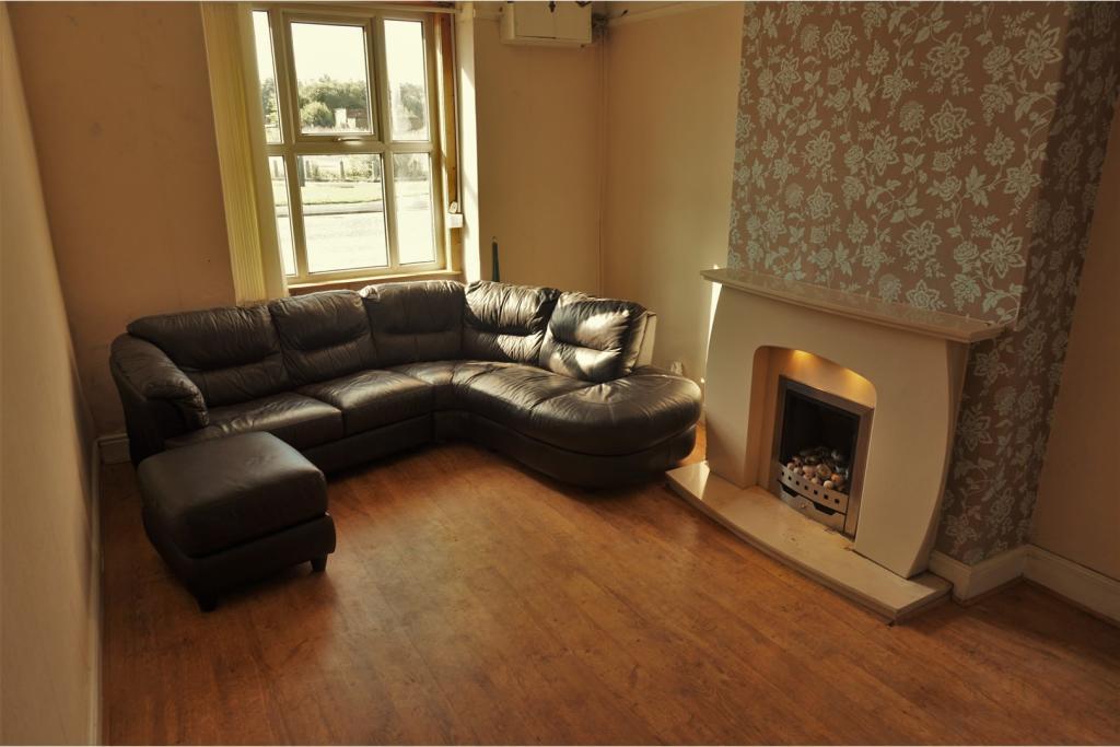 2 bedroom cottage for sale in deysbrook lane liverpool for Furniture 66 long lane liverpool