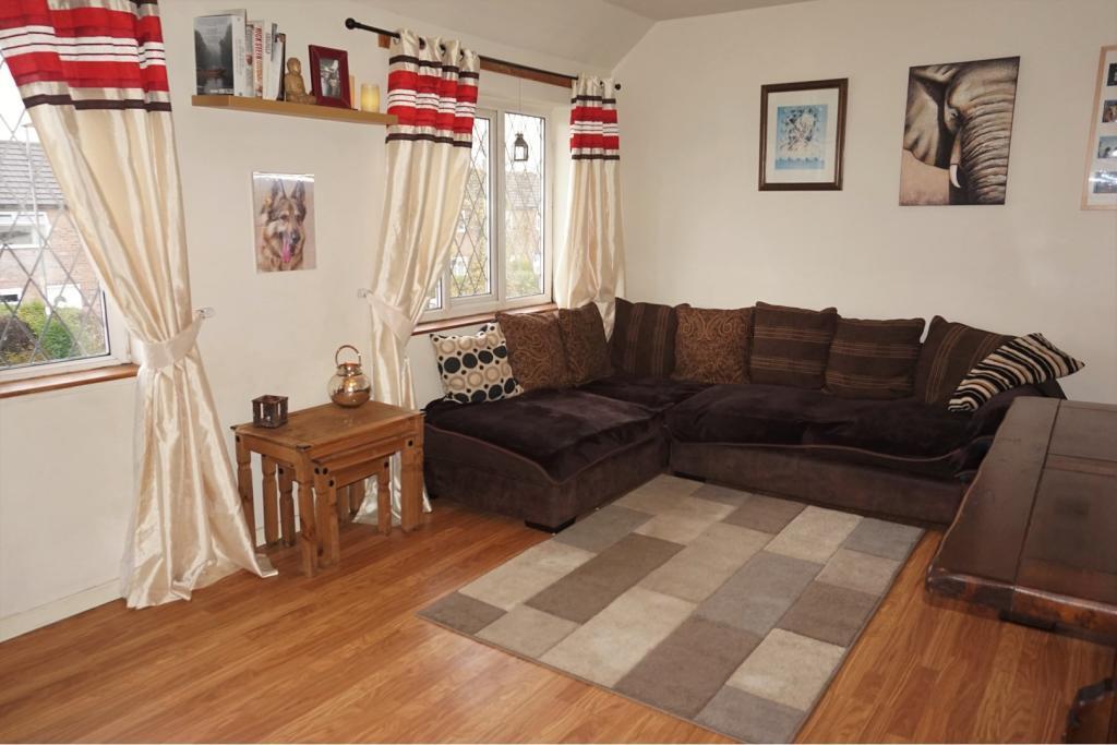 2 Bedroom Apartment For Sale In Coppice Wood Avenue Leeds Ls20 Ls20