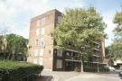 3 bed Flat in Meadow Road, Vauxhall...