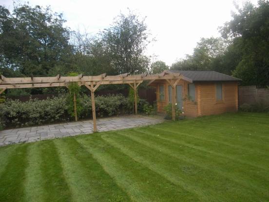 rear garden summer house