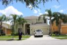 6 bedroom new home in Kissimmee...
