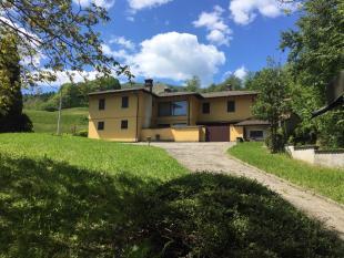 3 bed Villa in Casasco Intelvi, Como...