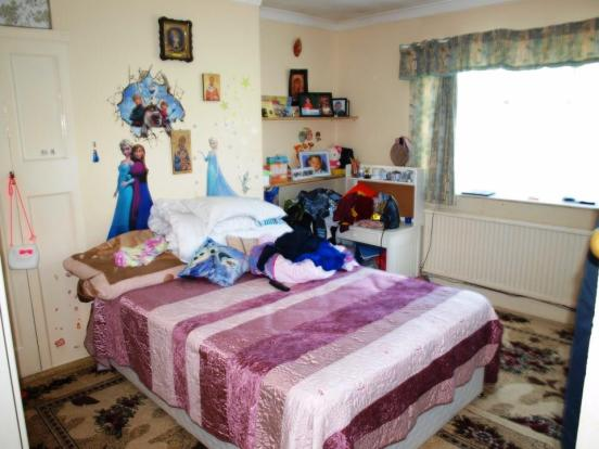 84 becmead ave bed 2