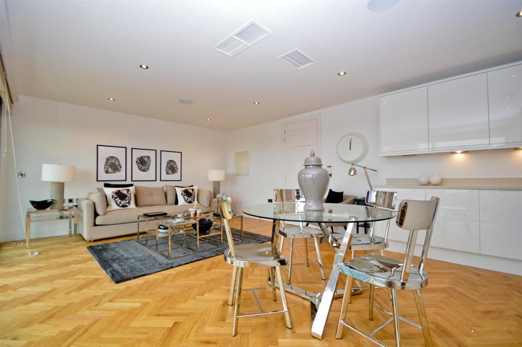Living room Commerci
