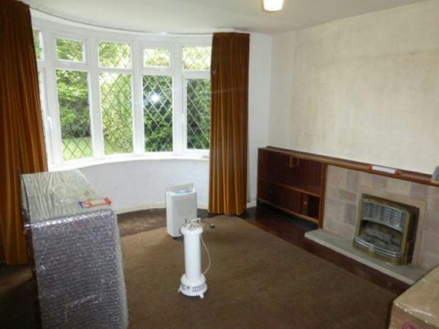 Bayed window lounge
