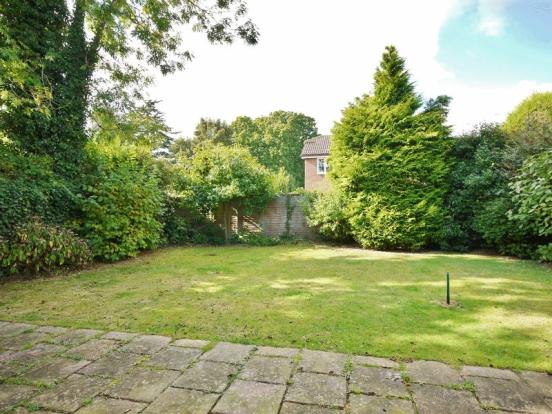 Level rear garden