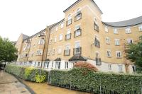 2 bed Flat in Kelly Avenue