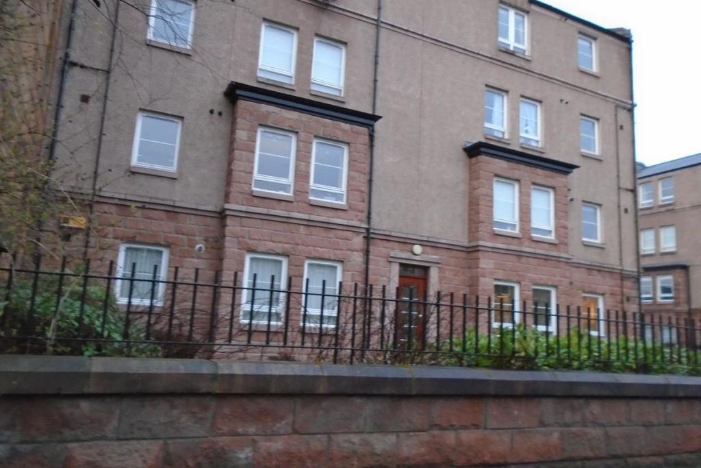 2 Bedroom Flat To Rent In West Savile Terrace Edinburgh Eh9 Eh9