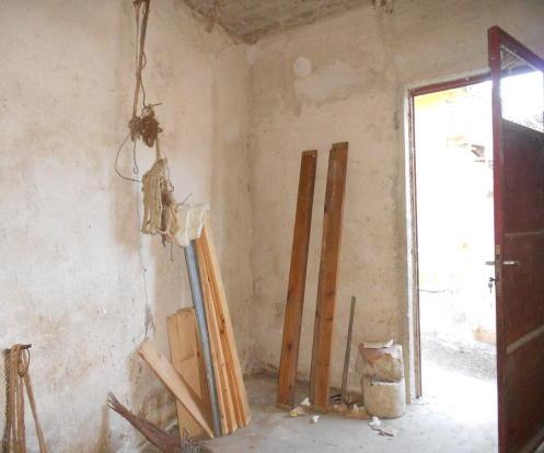 Lower room 1