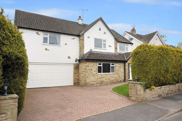 5 Bedroom Detached House For Sale In Heather Gardens
