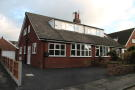 3 bedroom Semi-Detached Bungalow in 21 Manor Road...