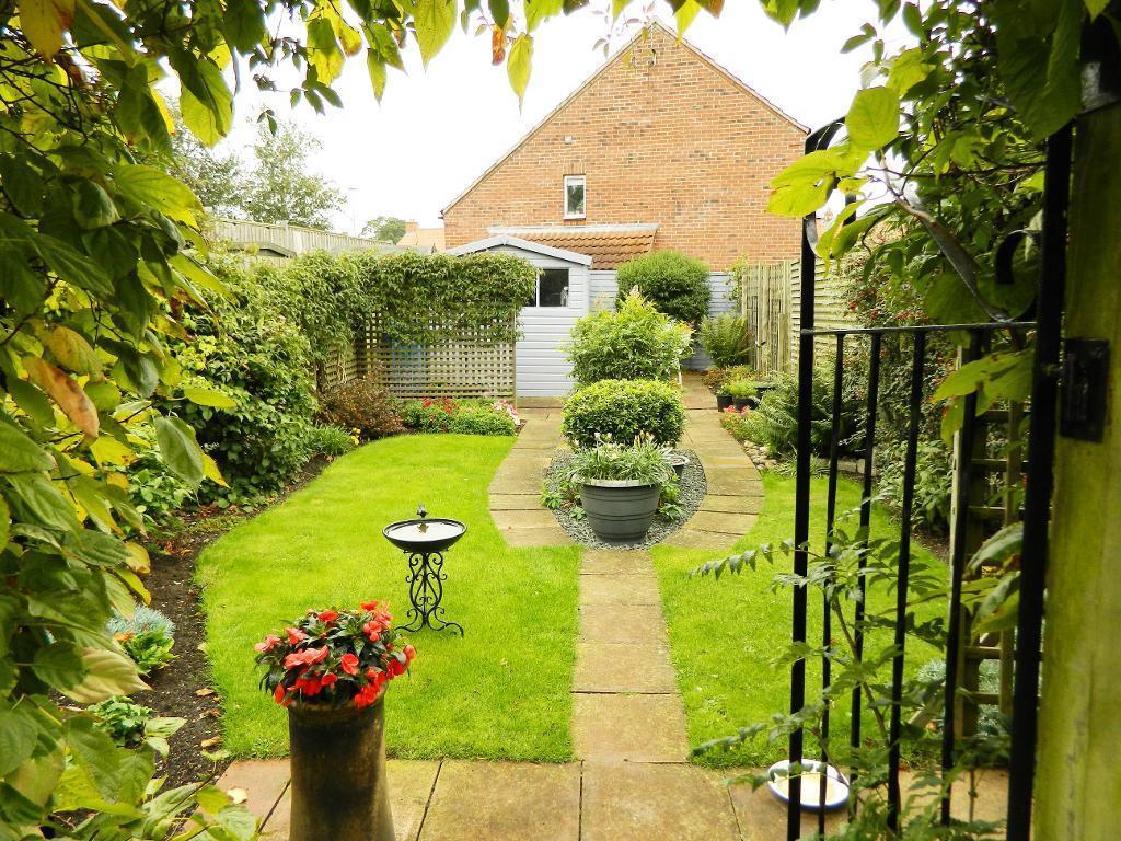 Garden aspect one