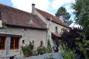 4 bed Detached house for sale in Gouzon, Creuse, Limousin