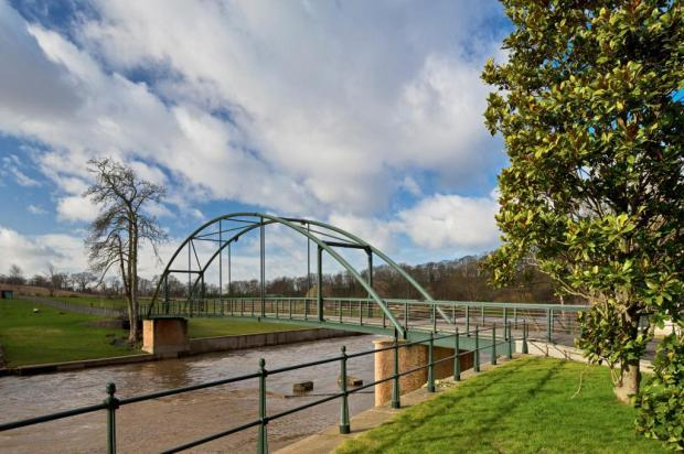 Private Bridge