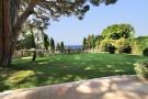 Detached Villa for sale in Cannes, Alpes-Maritimes...