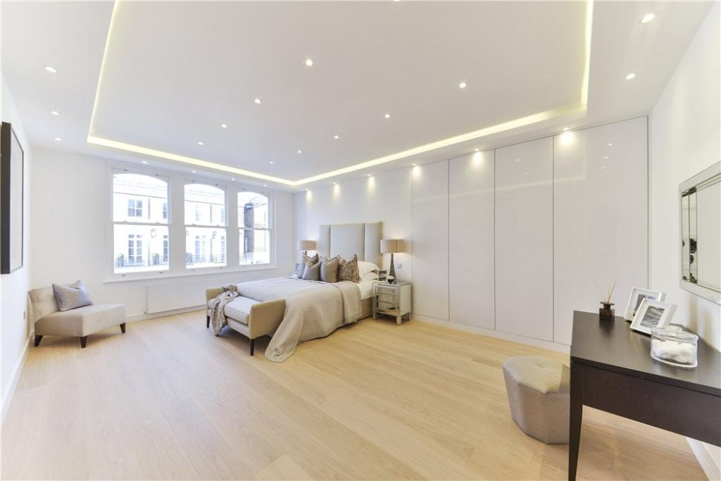 Chelsea: Bedroom