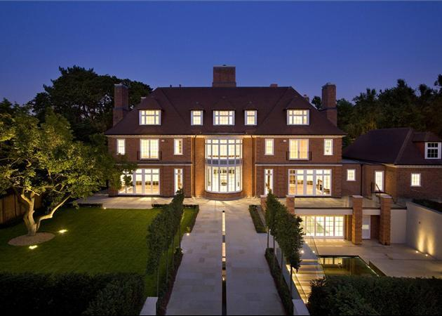 8 bedroom house for sale in the bishops avenue hampstead for 8 bedroom homes