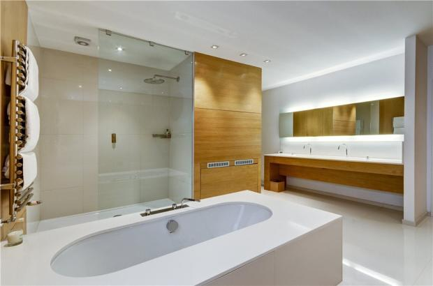 Hampstead: En Suite