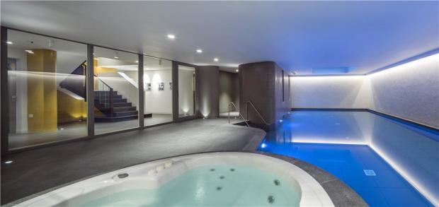 Swimming Pool, Nw3