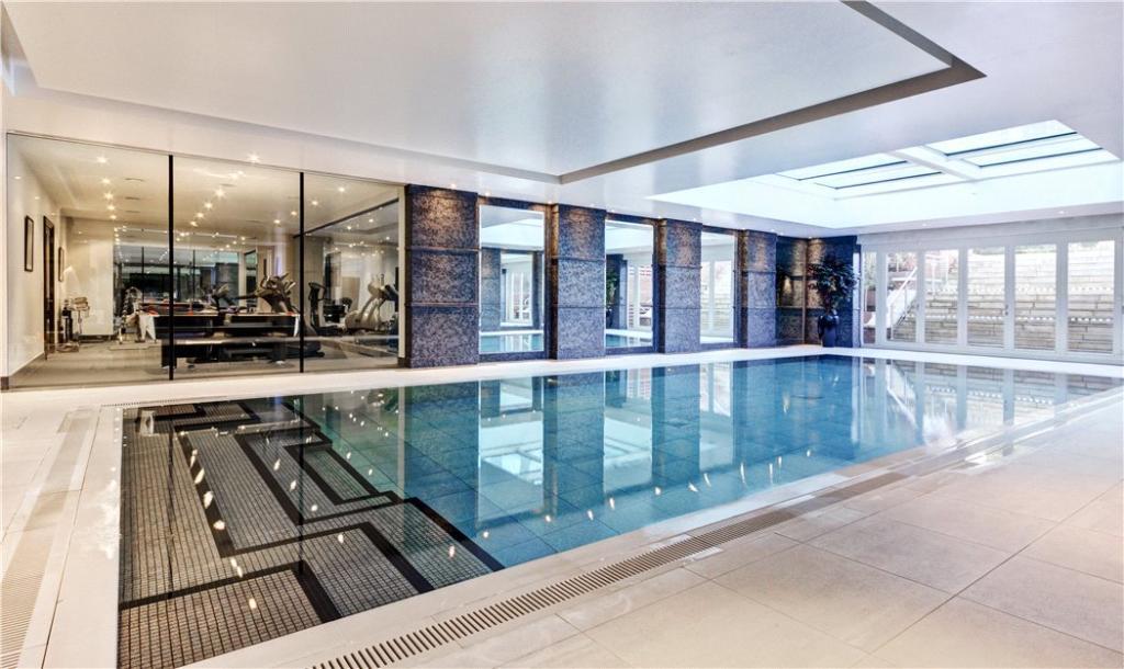 Pool Room, N6