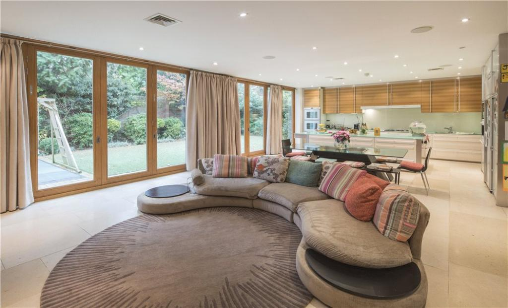 Sitting Area, Nw3