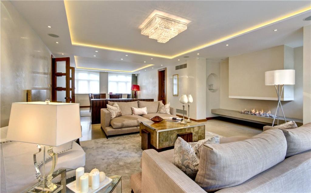 Living Room, N2