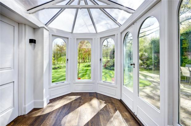 Conservatory, Nw3