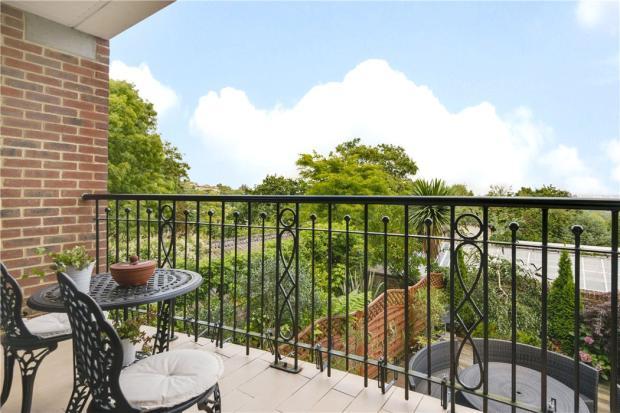 Highgate: Balcony