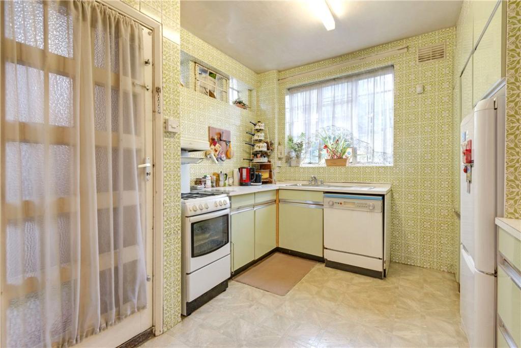 Finchley: Kitchen