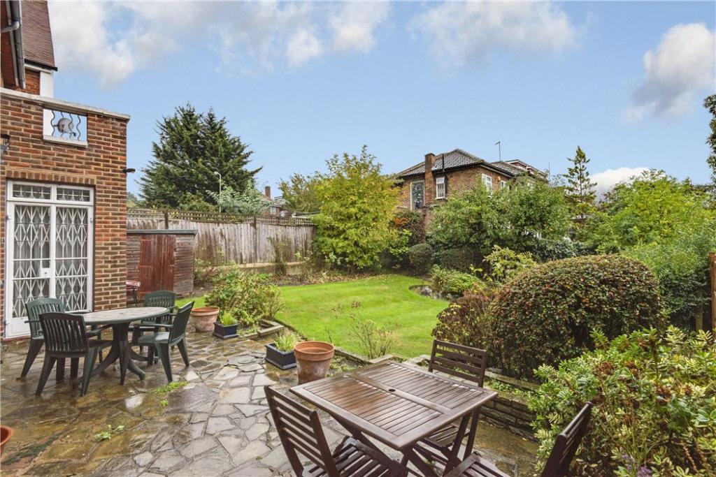 Finchley: Garden
