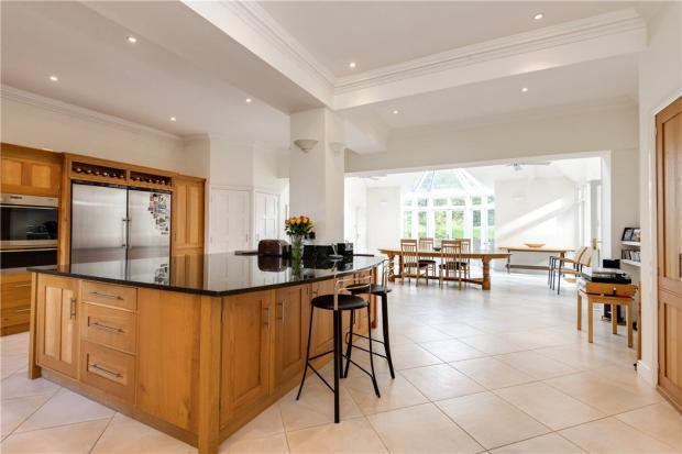 Kitchen Area, N6
