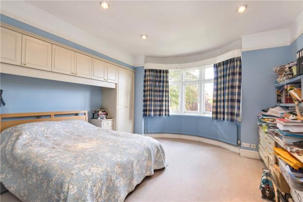 Bedroom, N6