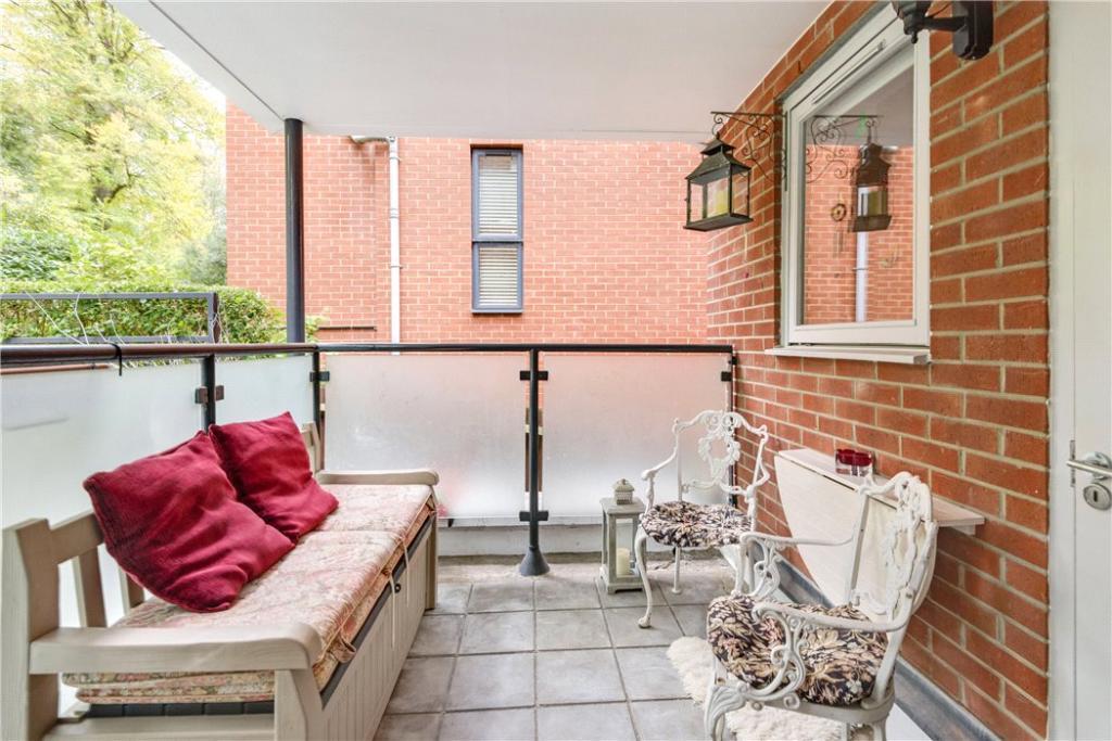 Hampstead: Terrace