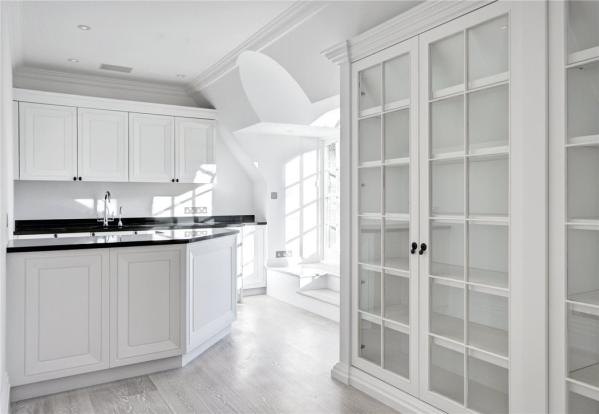 Secondary Kitchen N2