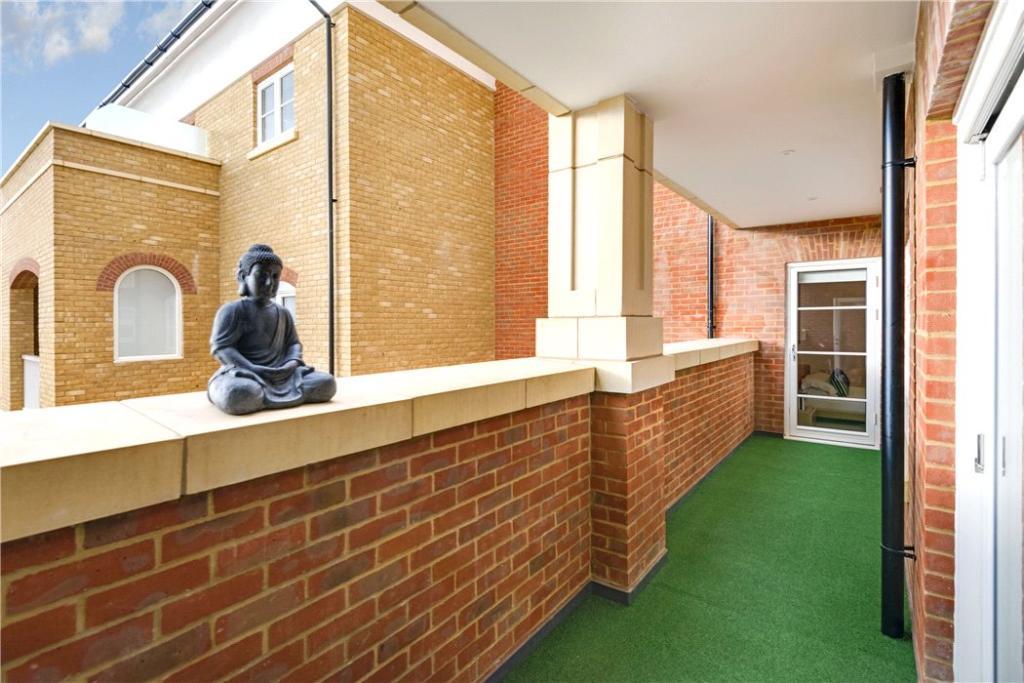 Finchley: Terrace